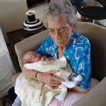 granny-bothma-holding-baby-jessica-lotter
