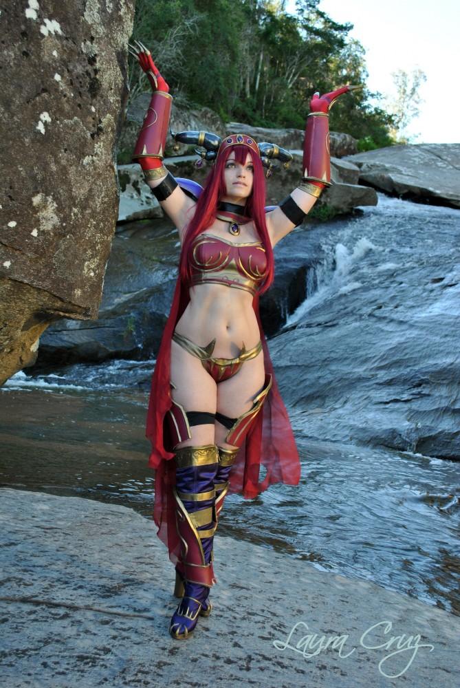 World of Warcraft Cosplay Quickie: Alexstrasza (Sophia Lancaster ...
