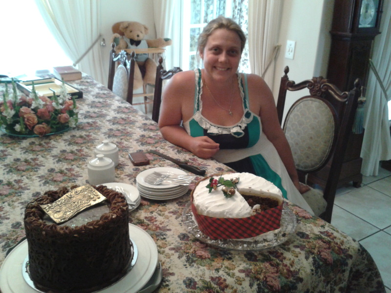 candice smith and her birthday cake in onrus