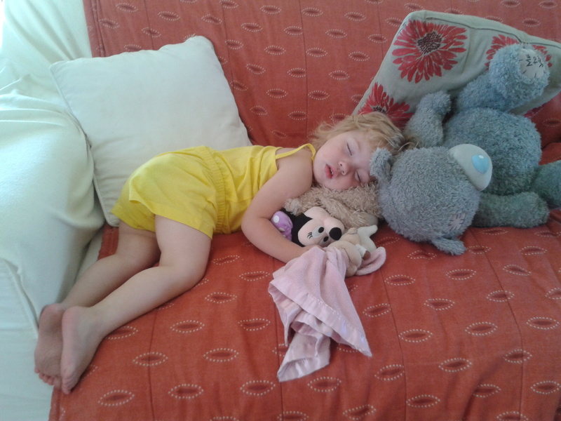 jessica lotter sleeping on the couch