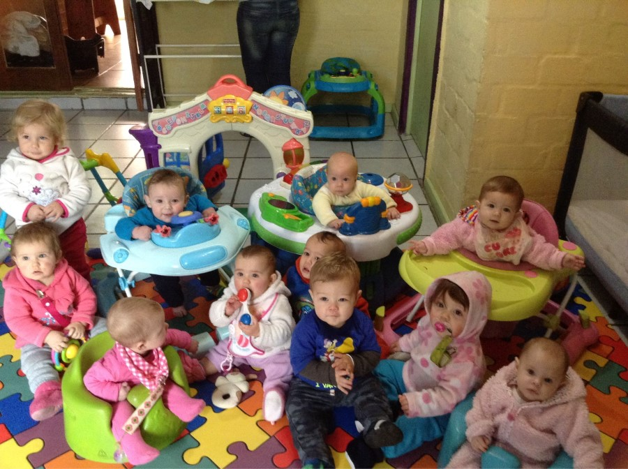 emily lotter with the other babies at baby steps