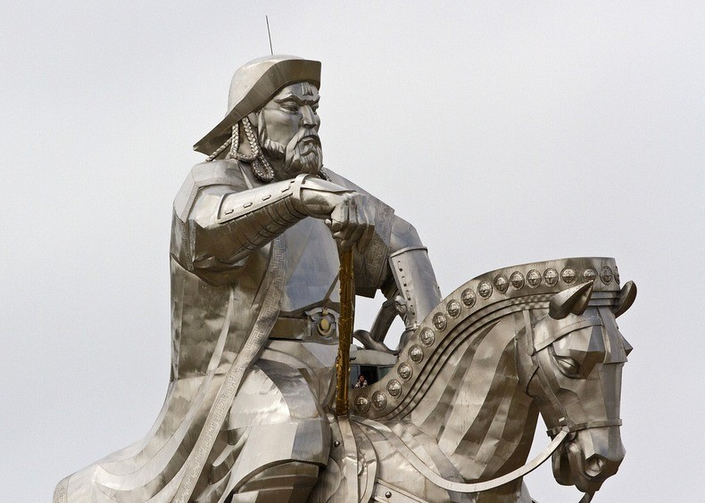 things to see in mongolia gigantic genghis khan equestrian statue 3
