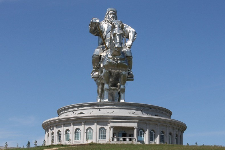 things to see in mongolia gigantic genghis khan equestrian statue 4