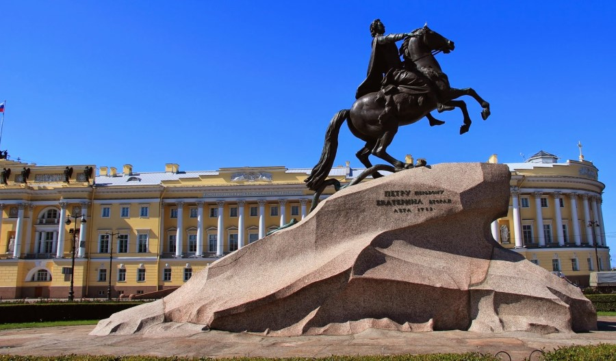catherine the great's the bronze horseman statue with its thunder stone in st petersburg russia 3