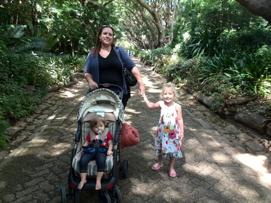 IMG_20150301_110657 - chantelle lotter with jessica and emily at kirstenbosch