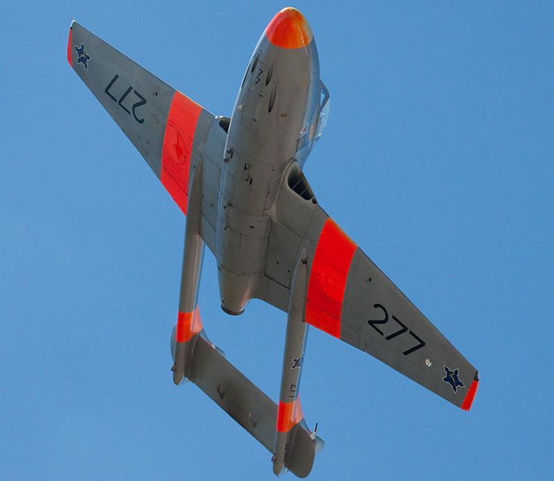 south african airforce saaf de havilland dh.115 vampire trainer jet aircraft 3