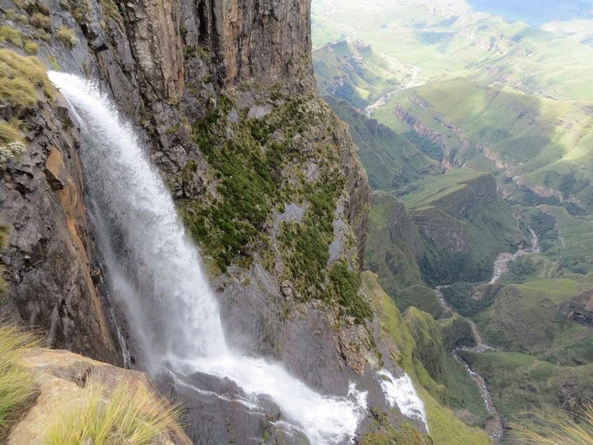 tugela falls waterfall in royal natal national park kwazulu natal south africa 2