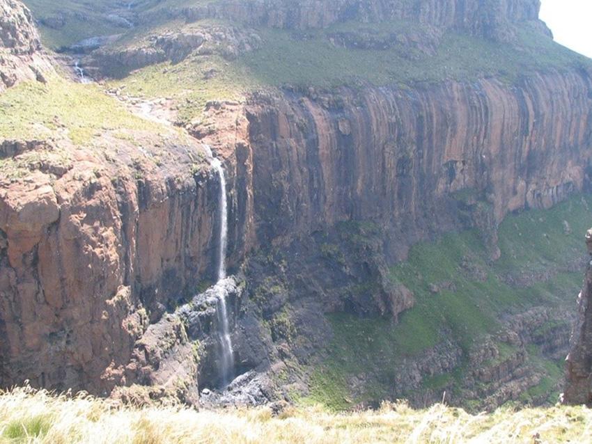 tugela falls waterfall in royal natal national park kwazulu natal south africa 3