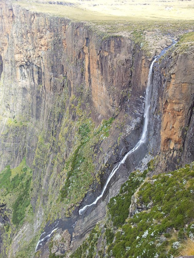 tugela falls waterfall in royal natal national park kwazulu natal south africa 4