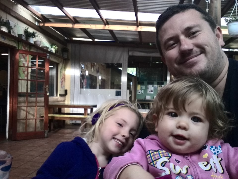 IMG_20150531_152331 craig lotter with his girls selfie