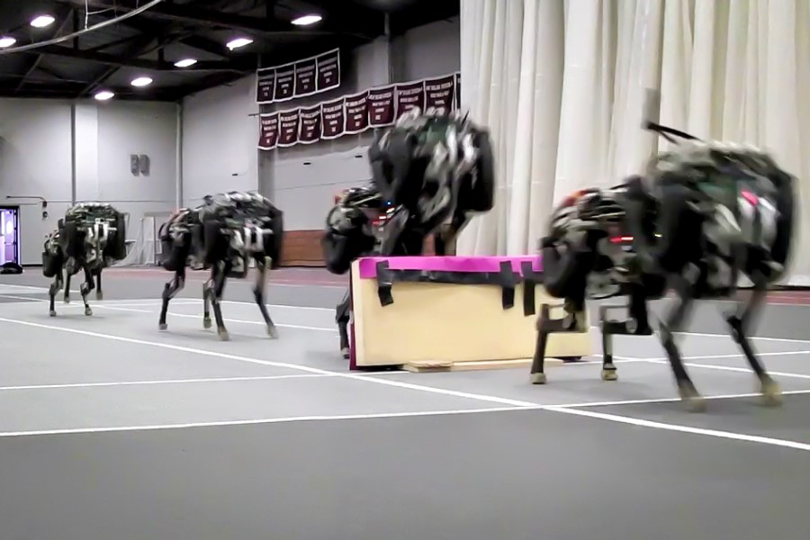 mit cheetah robot jumping over hurdle
