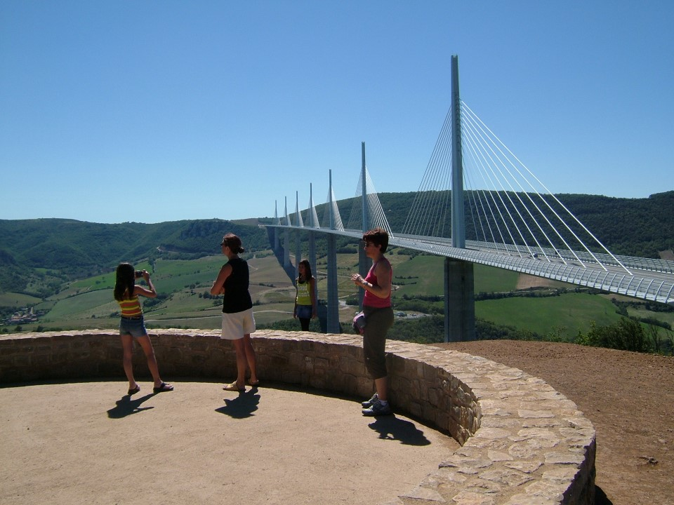 millau viaduct cable-stayed bridge in france - tallest in the world 3