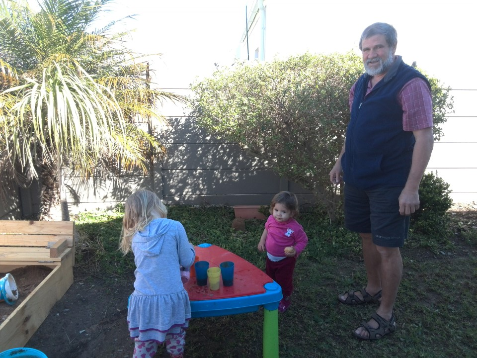 IMG_20150726_130717 grandpa ronnie lotter with the girls