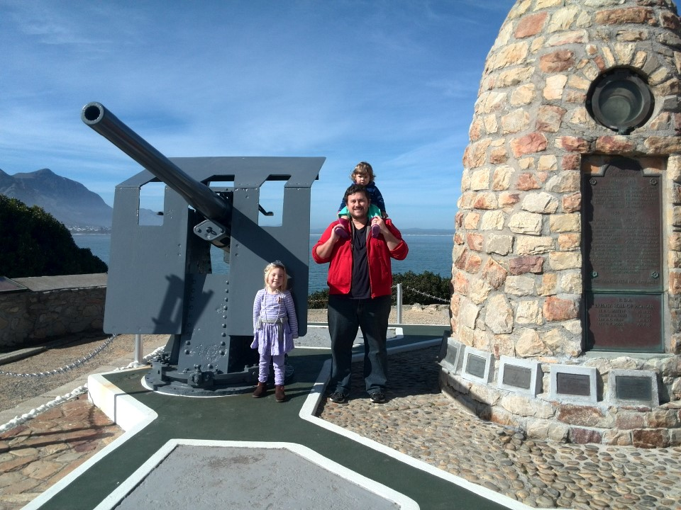 IMG_20150802_134702 craig lotter with his girls in front of the hermanus war memorial
