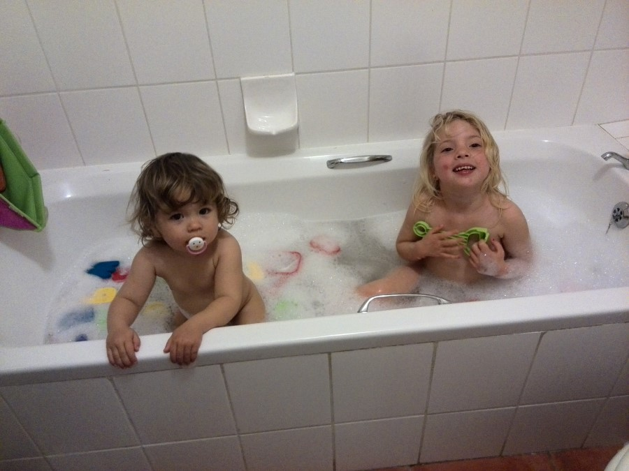 IMG_20150822_191602 emily and jessica lotter in the bath
