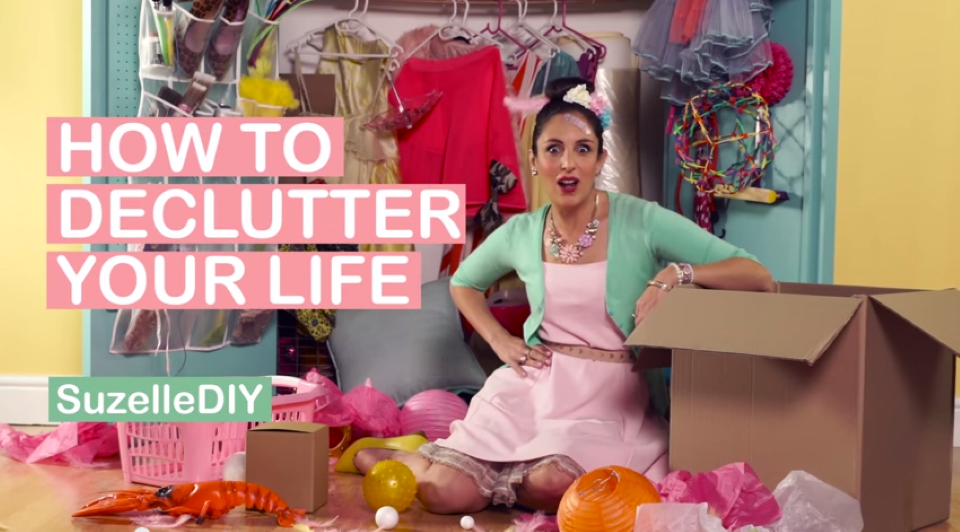 how to declutter your life suzelle diy