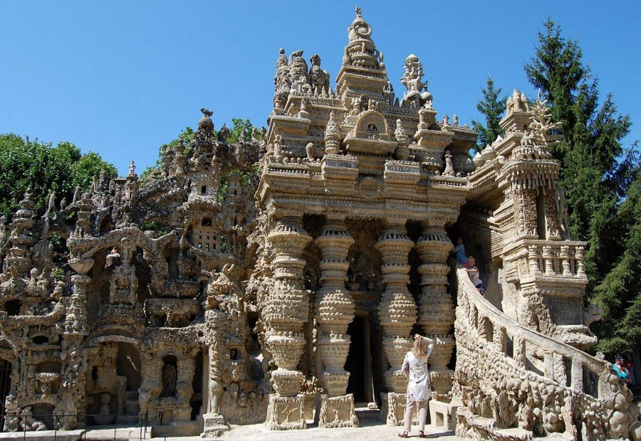 the ideal palace ferdinand cheval stone and pebble le palais ideal in hauterives france 3