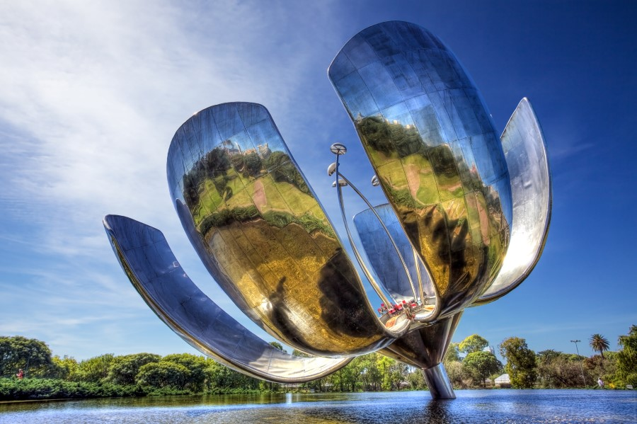 things to see in argentina floralis generica flower sculpture in buenos aires 1
