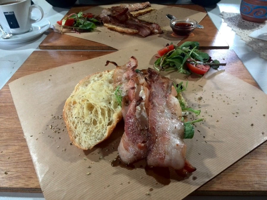IMG_20150912_120053 Bacon Breakfast at Beulah restaurant on the R27