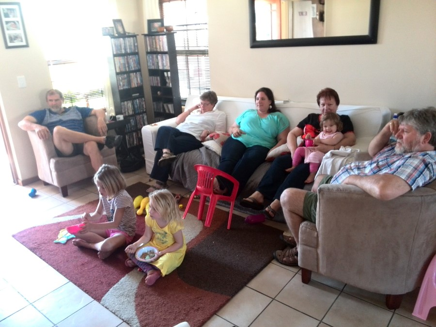 IMG_20151017_161937 lotter and montgomery parents watching frozen with cara and jessica