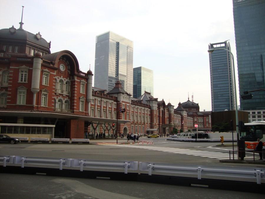 DSC07445 iconic tokyo station railway station in marunouchi business district, chiyoda, tokyo, japan