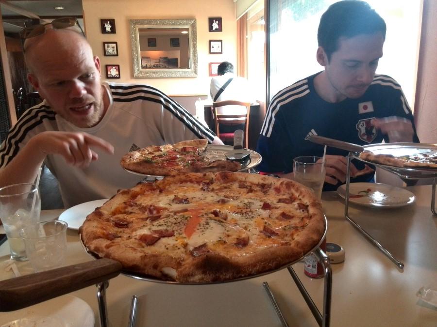 IMG_20141010_134812 best pizza ever at good life cafe in Iida, nagano, japan