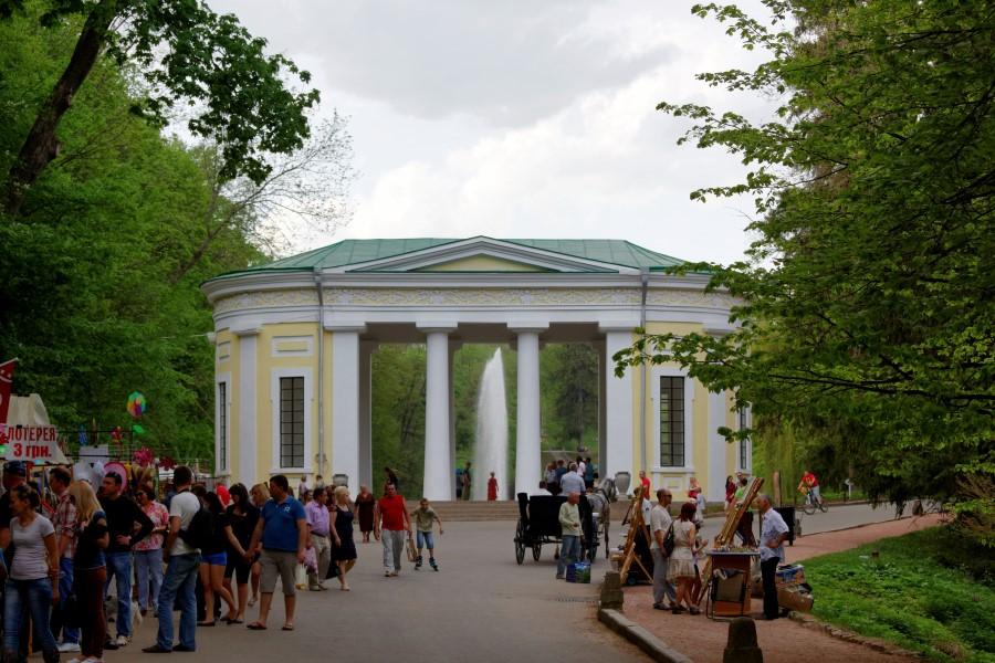 sofiyivsky-park-in-uman-in-ukraine-flora-pavilion