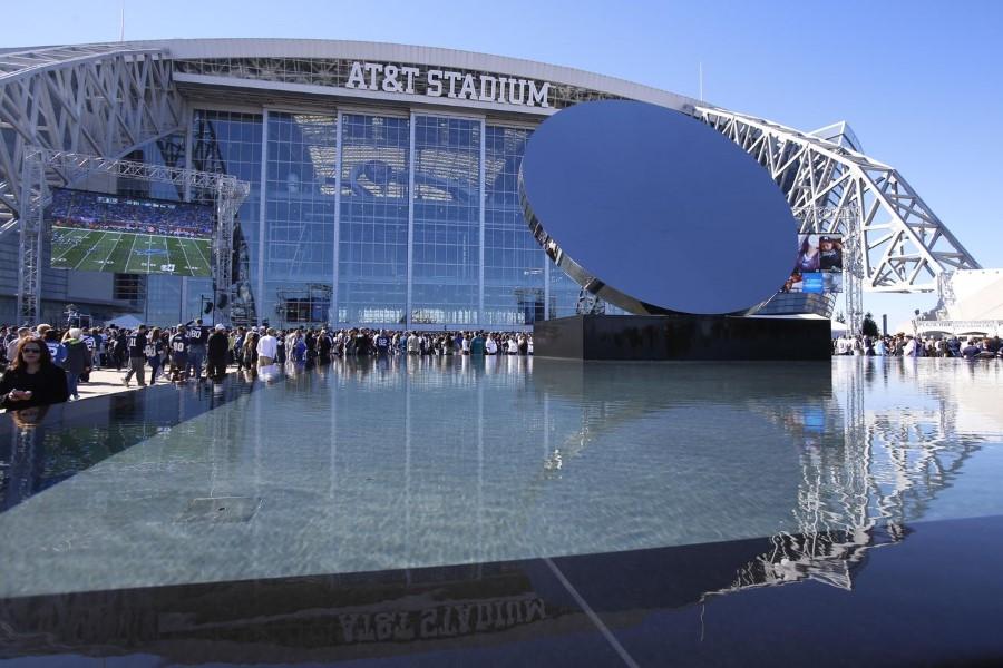 dallas-cowboys-american-football-att-stadium-in-arlington-texas-usa-2